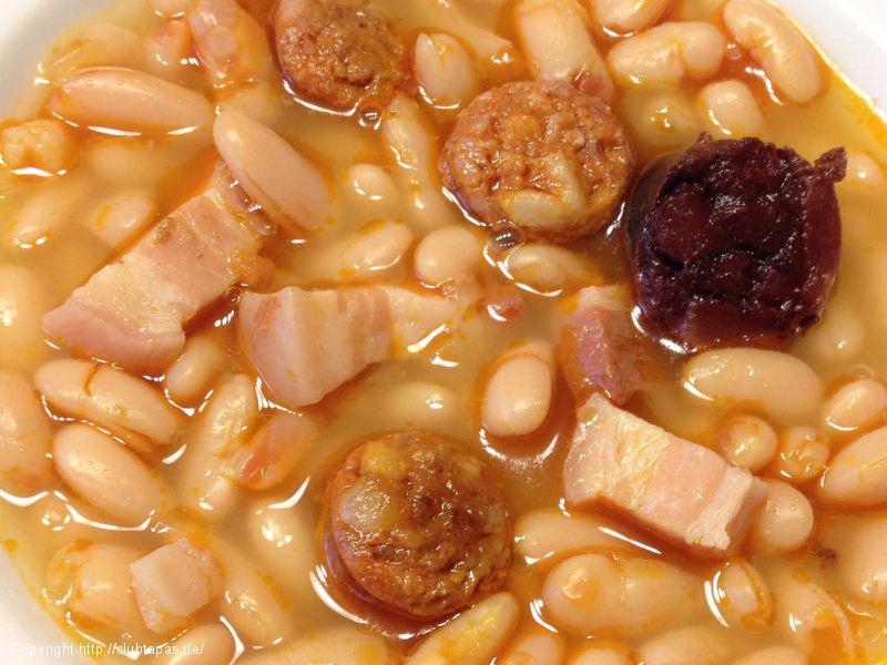 Weiße Bohnensuppe mit Chorizo Ibérico