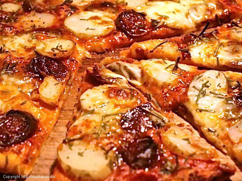 Feurige Chorizo-Pizza